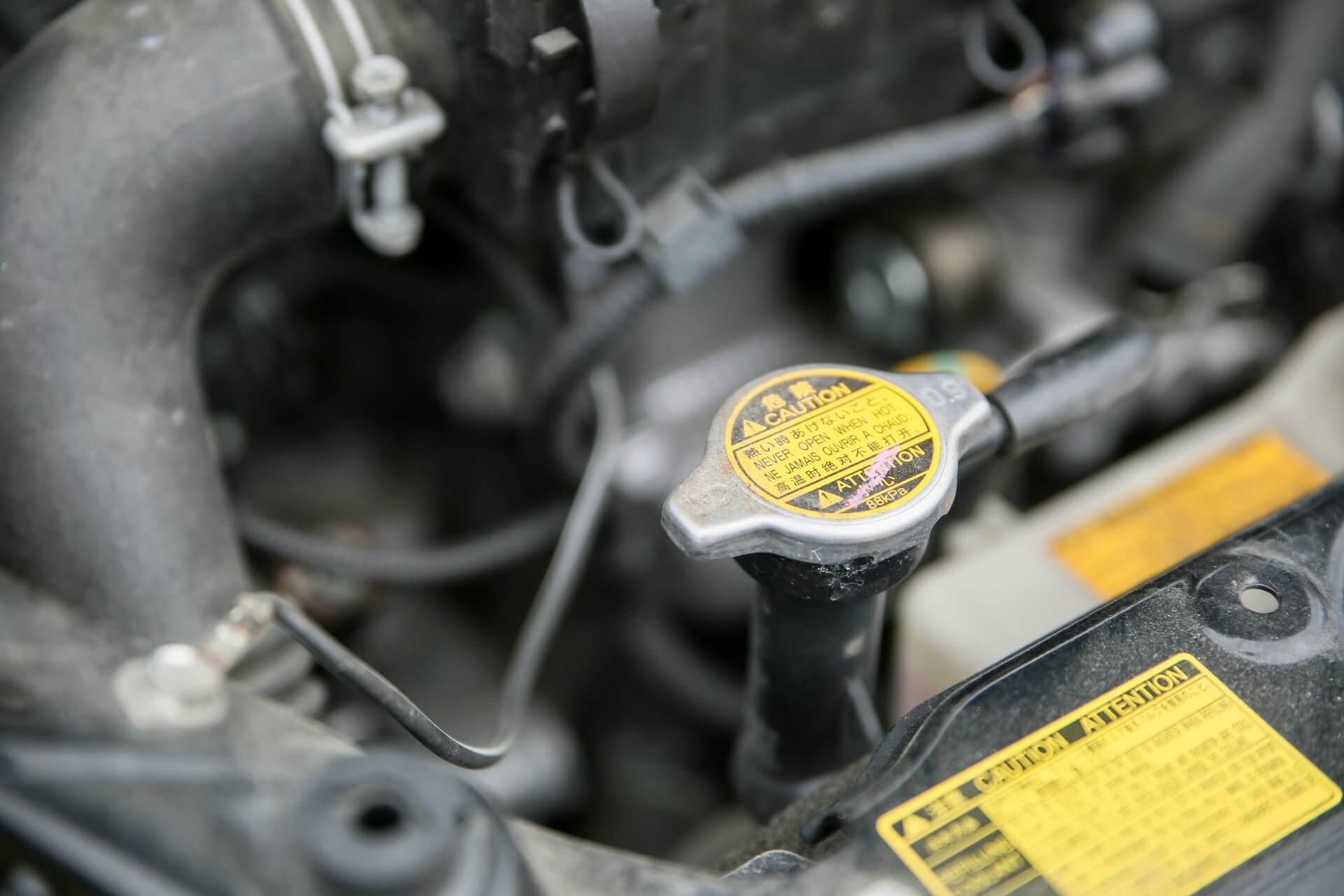 媒体液に車用の不凍液(ロングライフクーラント)は使えるの?